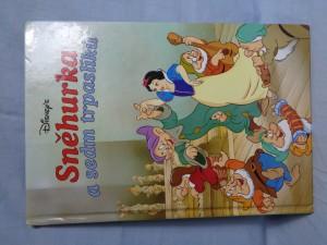 náhled knihy - Sněhurka a sedm trpaslíků