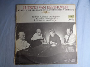 náhled knihy - Ludwig Van Beethoven Koncert C Dur Pro Klavír, Housle, Violoncello A Orchestr