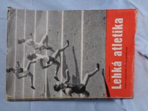 náhled knihy - Lehká atletika : učebnice československé atletické amatérské unie