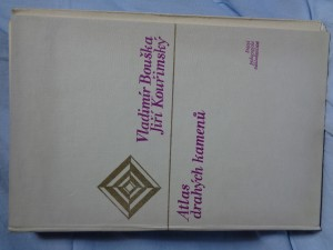 náhled knihy - Atlas drahých kamenů : doplň. učeb. pomůcka přírodověd. vyučování na školách 1. a 2. cyklu