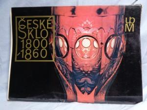 náhled knihy - České sklo 1800 - 1860
