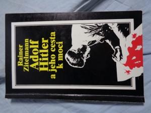 náhled knihy - Adolf Hitler a jeho cesta k moci