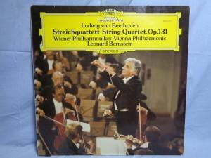 náhled knihy - Ludwig van Beethoven / Wiener Philharmoniker, Leonard Bernstein – Streichquartett - String Quartet, Op. 131