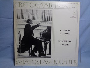 náhled knihy - Schumann* / Brahms* ; Sviatoslav Richter – Motley Leaves Op. 99 / Three Pieces From Op.118