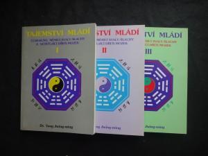 náhled knihy - Tajemství mládí-čchi-kung měnící svaly/šlachy a očištˇující dřeň/mozek I,II,III