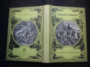 náhled knihy - Tajemství pralesa : (osm set mil po řece Amazonce)