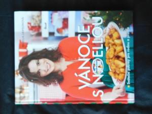náhled knihy - Vánoce s Nigellou : sváteční pokrmy pro rodinu a přátele