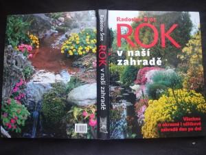 náhled knihy - Rok v naší zahradě : [všechno o okrasné a užitkové zahradě den po dni]