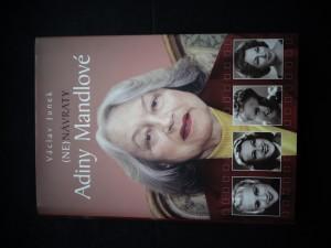 náhled knihy - (Ne)návraty Adiny Mandlové