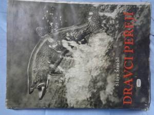 náhled knihy - Dravci peřejí : sportovní lov a chov lososovitých ryb v československých vodách