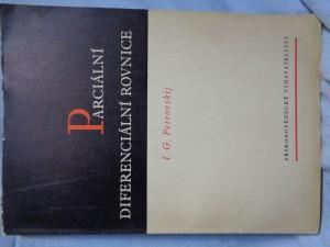 náhled knihy - Parciální diferenciální rovnice