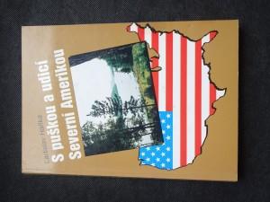 náhled knihy - S puškou a udicí Severní Amerikou