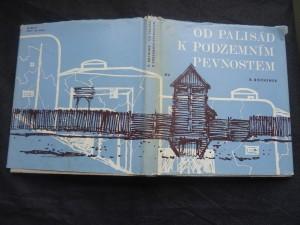 náhled knihy - Od palisád k podzemním pevnostem : pět tisíc let fortifikace