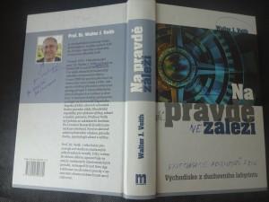 náhled knihy - Na pravdě záleží : východisko z duchovního labyrintu