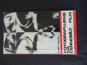 náhled knihy - Fotografujeme na černobílý film