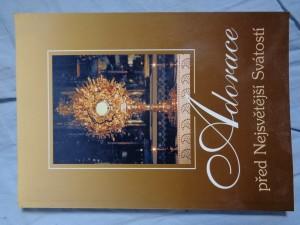 náhled knihy - Adorace před Nejsvětější Svátostí