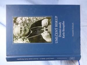 náhled knihy - Umlčený biskup: životní osudy Karla Skoupého