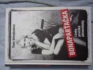 náhled knihy - Bonaparťačka: lásky pražské plavovlásky