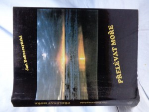 náhled knihy - Přelévat moře