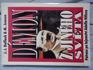 náhled knihy - Démon z jiného světa: pátrání po tajemství Adolfa Hitlera