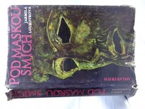 náhled knihy - Pod maskou smích: román