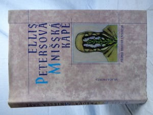 náhled knihy - Mnišská kápě: případ bratra Cadfaela