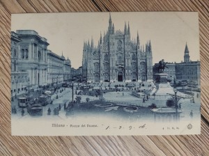náhled knihy - Milano - Piazza del Duomo.