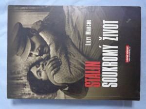náhled knihy - Stalin: soukromý život