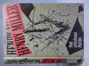 náhled knihy - Pod střechami Paříže