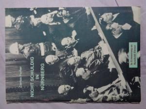 náhled knihy - Nicht Schuldig in Nürnberg