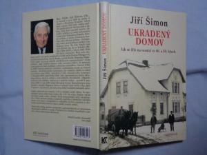 náhled knihy - Ukradený domov: jak se žilo na vesnici ve 40. a 50. letech