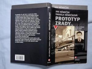 náhled knihy - Prototyp zrady: životní příběh Augustina Přeučila