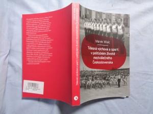 náhled knihy - Tělesná výchova a sport v politickém životě meziválečného Československa
