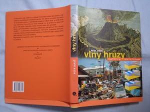 náhled knihy - Vlny hrůzy: zemětřesení, sopky a tsunami