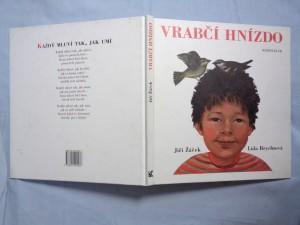 náhled knihy - Vrabčí hnízdo: básničky pro kluky a děvčata