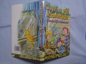 náhled knihy - Čtyři a půl kamaráda a krokodýl z internetu