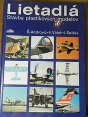 náhled knihy - Lietadlá : stavba plastikových modelov
