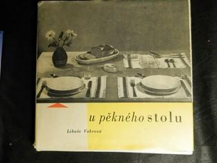 náhled knihy - U pěkného stolu