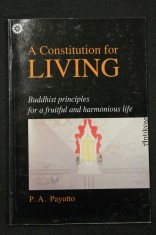 náhled knihy - A Constitution for Living : Buddhist Principles for a Fruifull and Harmonious Life