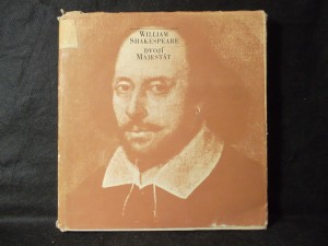 náhled knihy - Dvojí majestát (zahrnuje vinylovou gramodesku veršů z her W. Shakespeara)