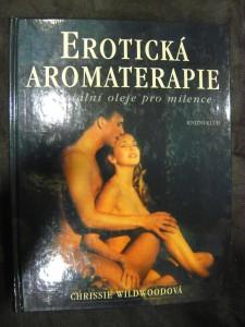náhled knihy - Erotická aromaterapie : esenciální oleje pro milence