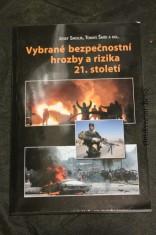náhled knihy - Vybrané bezpečnostní hrozby a rizika 21. století