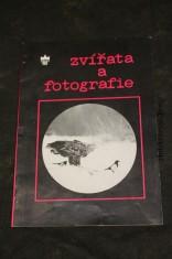 náhled knihy - Zvířata a fotografie : výběr fot. z výstavy \
