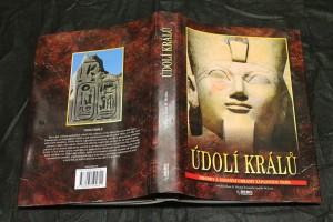 náhled knihy - Údolí králů : hrobky a zádušní chrámy západních Théb