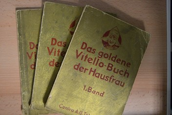 náhled knihy - Das goldene Vitello-Buch der Hausfrau I-III