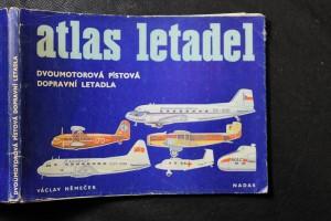 náhled knihy - Dvoumotorová pístová dopravní letadla