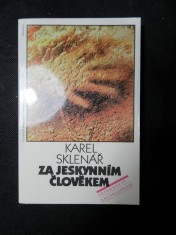 náhled knihy - Za jeskynním člověkem : neformální encyklopedie