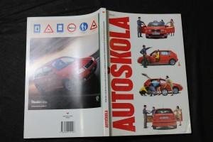 náhled knihy - Autoškola : [základní učebnice pravidel provozu a dalších předmětů předepsaných autoškolskými osnovami
