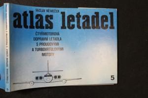 náhled knihy - Atlas letadel : Čtyřmotorová dopravní letadla s proudovými a turbovrtulovými motory. Sv. 5